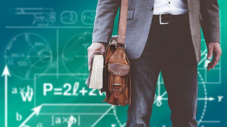 INTERCLASSES : une école spécialisée en cours particuliers à domicile et à distance